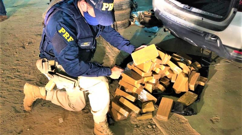 Caetité: PRF apreende quase 100 Kg de pasta base de cocaína
