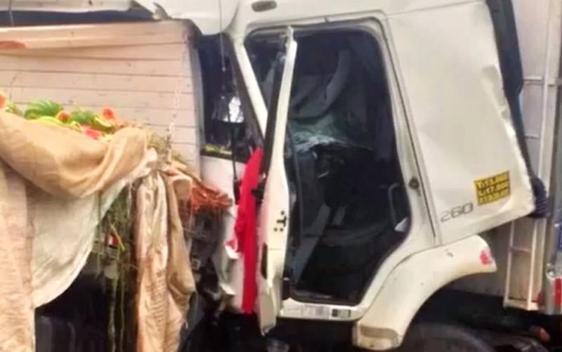 Sudoeste da Bahia: Duas pessoas ficam feridas durante acidente envolvendo quatro veículos