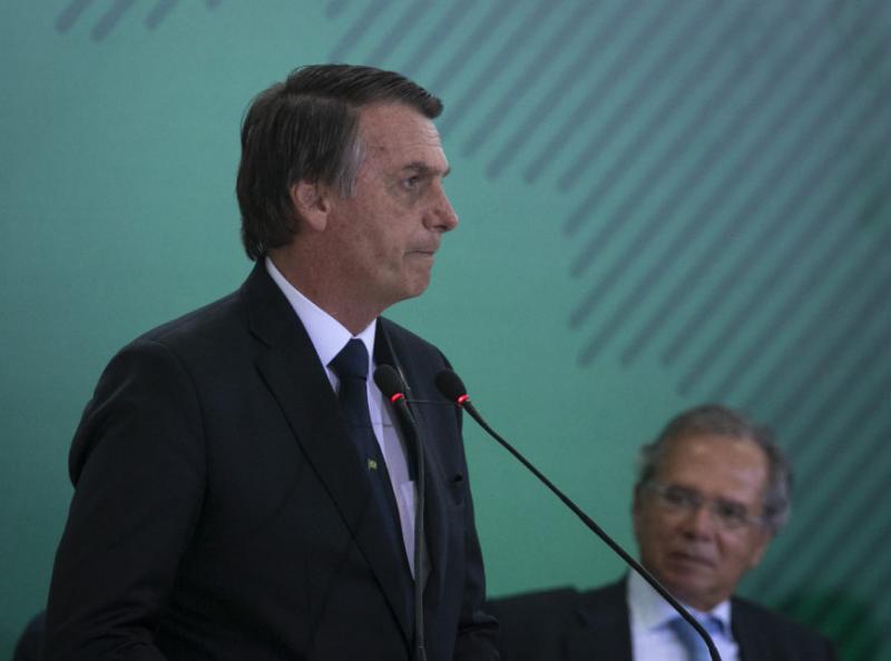 Bolsonaro diz que reforma da Previdência igualará ricos e pobres