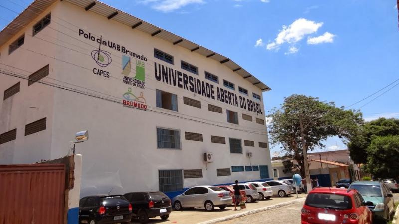 Uneb lança Edital para preenchimento de vagas remanescentes em 9 cursos superiores na UAB Brumado