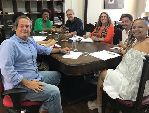 WALDENOR PEDE CELERIDADE NA REFORMA DE CENTRO DE CULTURA CONQUISTENSE