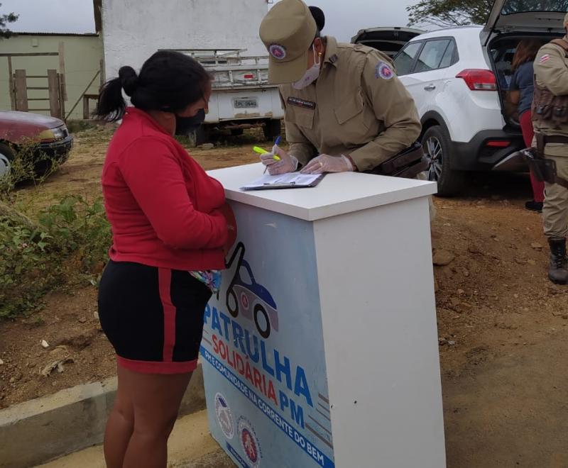Vitória da Conquista: Patrulha Solidária entrega 140 cestas básicas