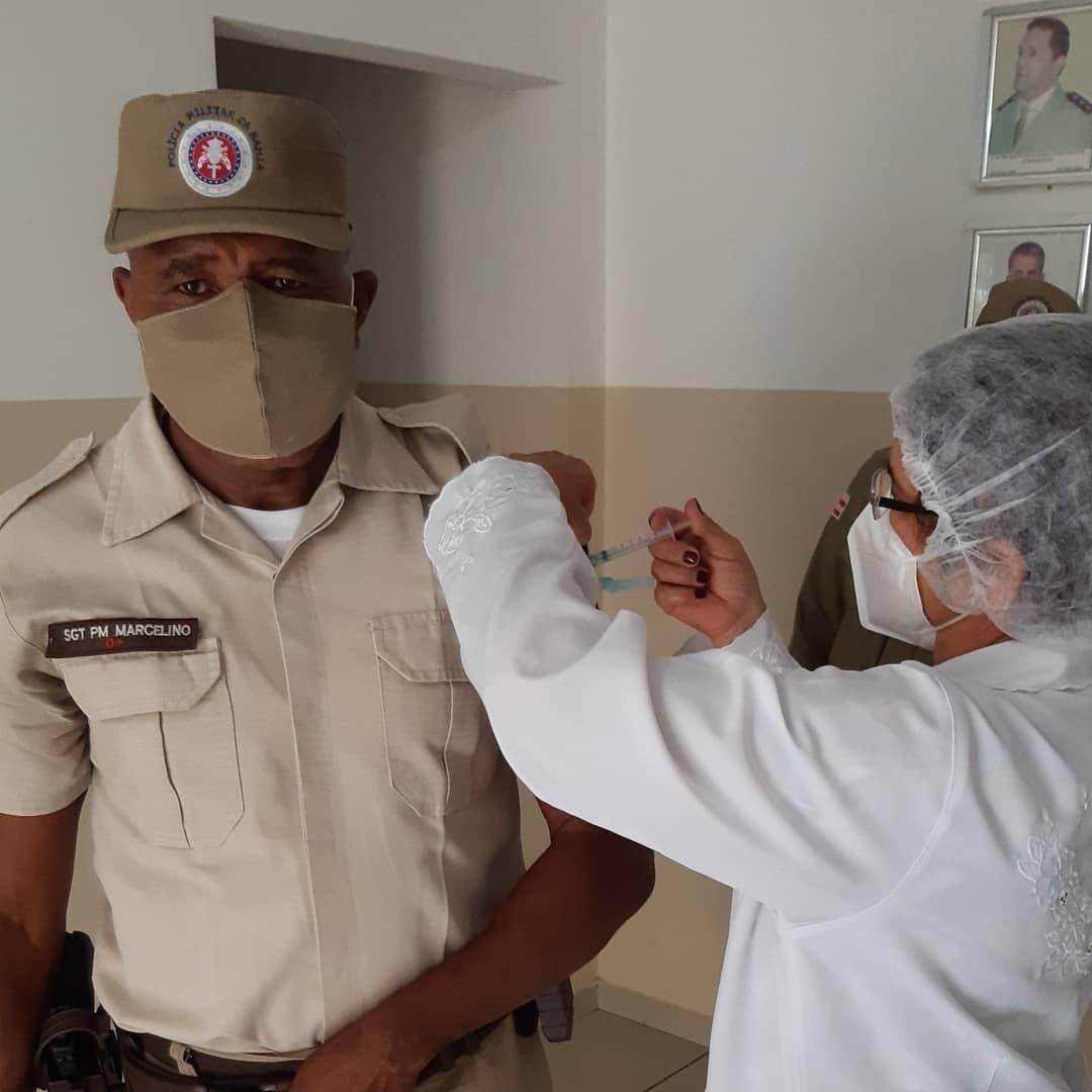 Brumado: 34ª CIPM inicia vacinação de policiais