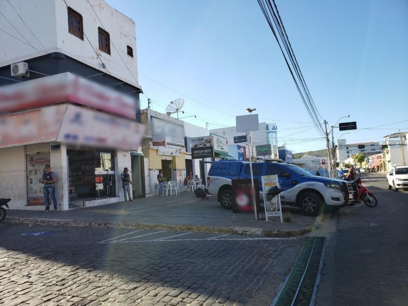 Polícia Civil de Brumado escolta preso para realizar tratamento odontológico em consultório particular