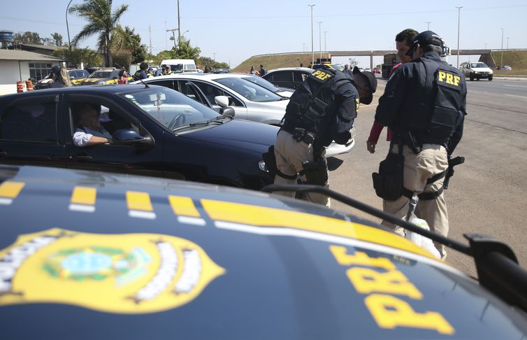 Operação Finados amplia fiscalização em estradas até domingo