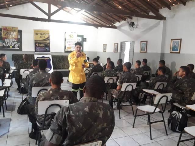 Tiro de Guerra 06-024 recebe visita do Coordenador de Educação no Trânsito de Brumado