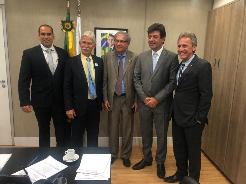 Em audiência em Brasília no Ministério da Saúde, prefeito e secretário buscam novas conquistas para Brumado