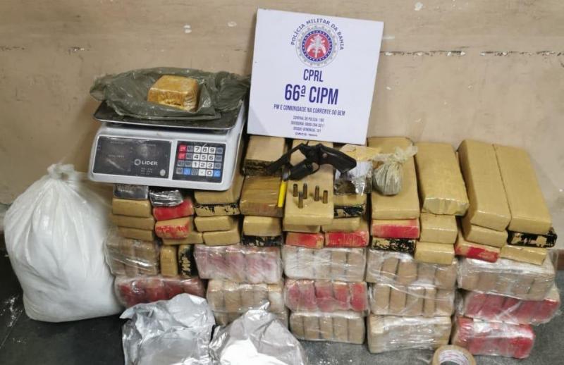 Polícia apreende 112 kg de maconha em Feira de Santana