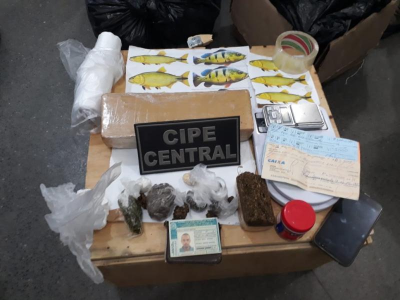 PM localiza dois laboratórios de refino de drogas em Jequié