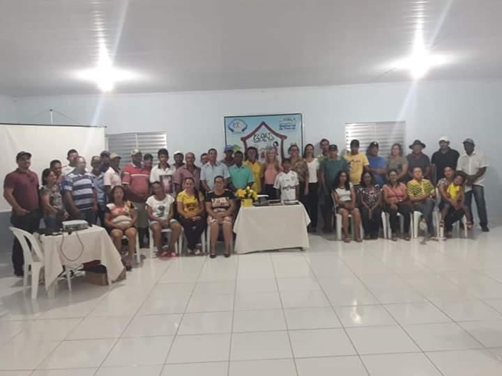 Prefeitura de Malhada de Pedras realiza reunião com agricultores que fazem parte do PAA