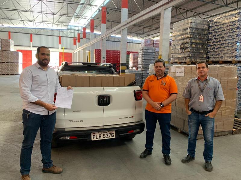 Brumado: Grupo Itaipava doa 382 mil litros de álcool 70% para ampliar os estoques da SESAU