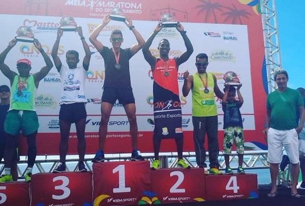 Mais uma vez: brumadense se destaca em maratona em Porto Seguro