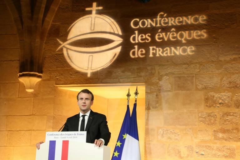 Macron provoca indignação após declaração sobre vínculo entre Igreja e Estado