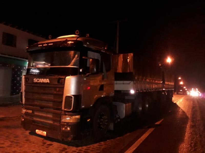 Rio do Antônio: Motorista de Carreta é detido pela polícia após fazer ameaças com arma de fogo