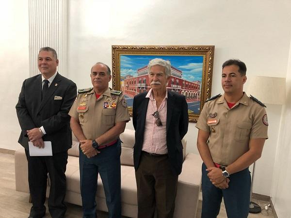 Presidente da Câmara de Vereadores de Brumado juntamente com prefeito participam de audiência buscando a instalação de Grupamento de Bombeiros em Brumado