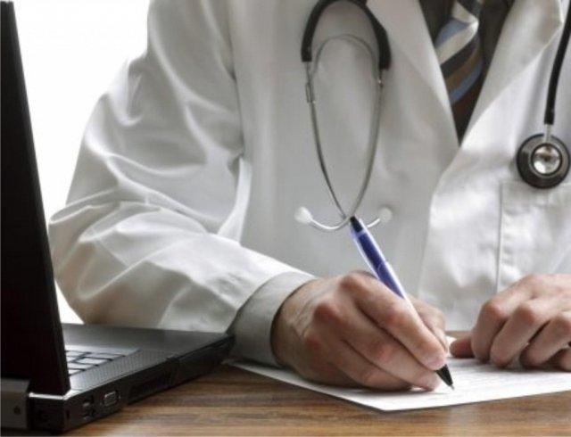 Mais de 160 médicos com duplo vínculo de trabalho são afastados do sistema público da Bahia