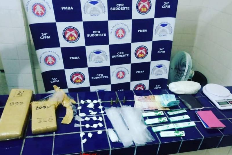 Barra da Estiva: Jovem é detido após ser flagrado com drogas em hotel