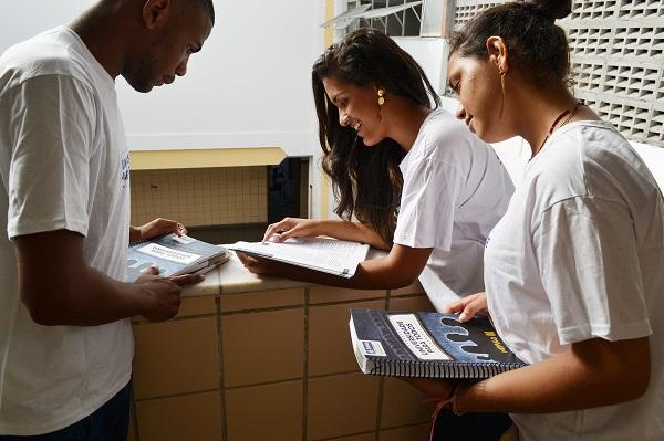 Abertas inscrições para curso pré-vestibular Universidade para Todos