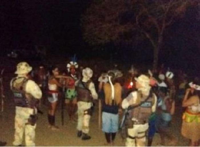 Grupo de 50 índios ocupa fazenda de ex-prefeito em Ribeirão do Largo