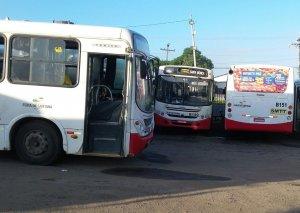 Feira de Santana entra no terceiro dia sem ônibus