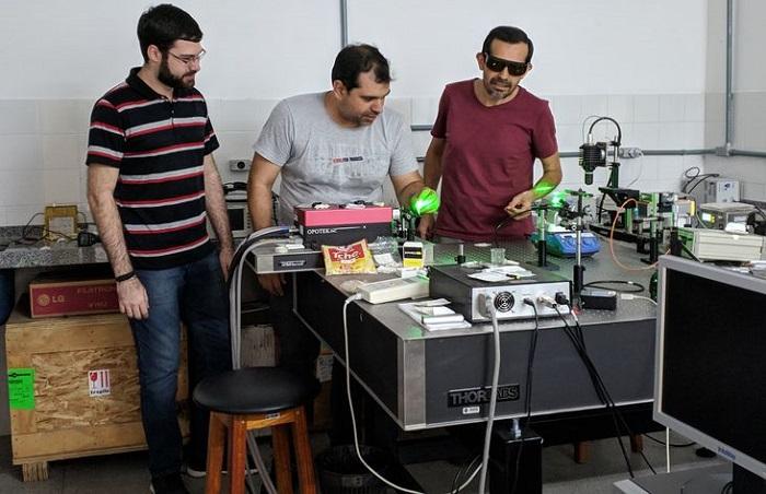 Novo laser produzido na Bahia inova no ramo da nanotecnologia