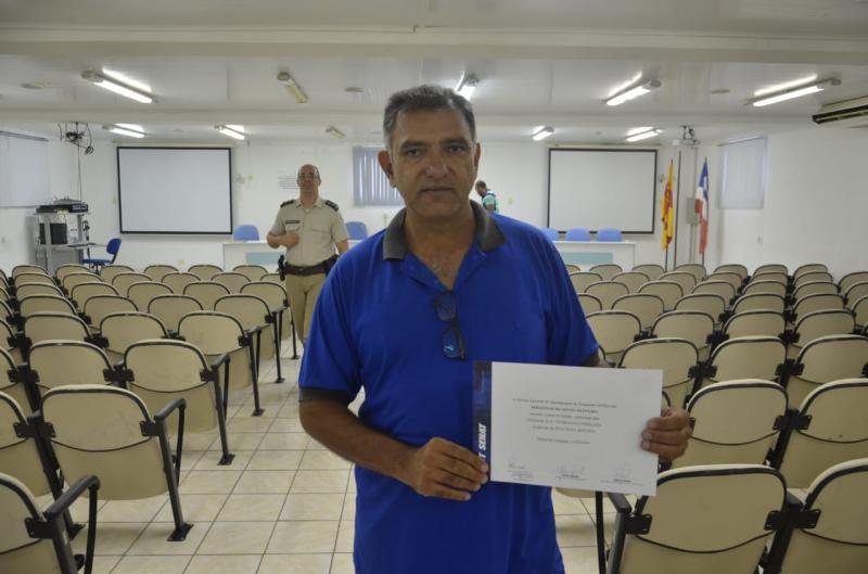 SMTT realiza cerimônia de entrega de certificados a taxistas de Brumado