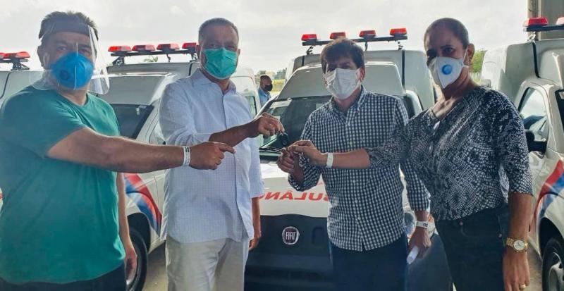 Aracatu recebe uma ambulância para melhor atendimento à população