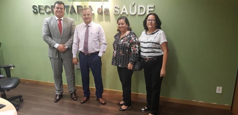 Em Salvador, prefeita de Aracatu faz reivindicações para a área da Saúde do município