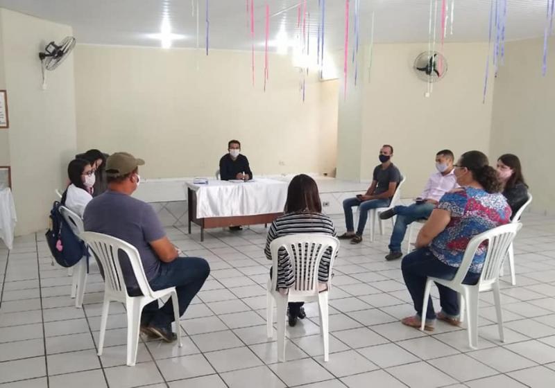 Guajeru: Prefeito Gil Rocha se reúne com equipe de governo e planeja ações para os últimos cinco meses de gestão