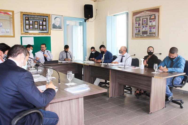 Risco de contaminação por Covid-19 leva presidente da Câmara de Ituaçu a suspender todas as sessões deste mês