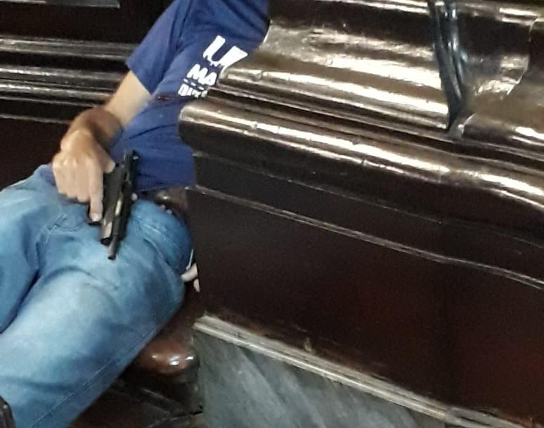 Homem mata quatro pessoas e comete suicídio durante missa na Catedral de Campinas