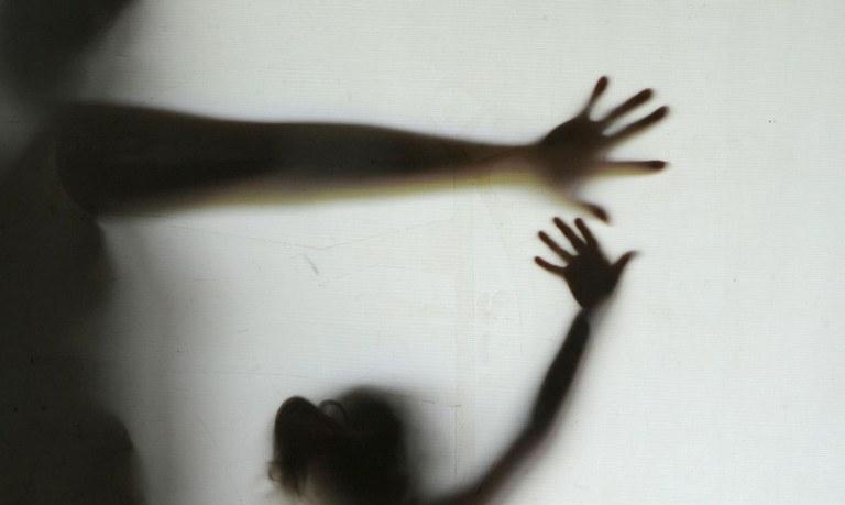 Peritos e investigadores serão capacitados para atuar em crimes de feminicídio