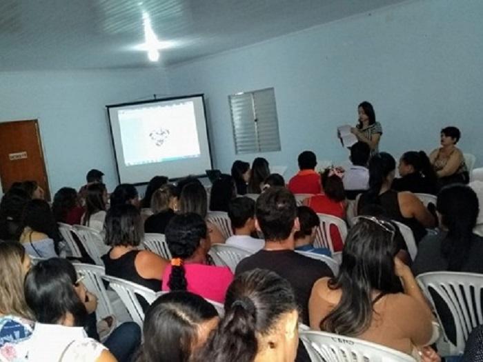 Audiência pública é realizada para apresentar a versão preliminar do Referencial Curricular de Malhada de Pedras
