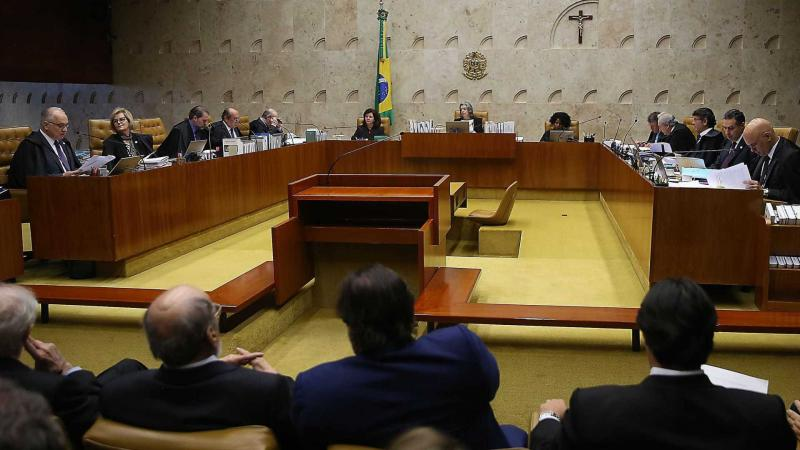 Supremo decide hoje sobre fim do foro privilegiado a parlamentares