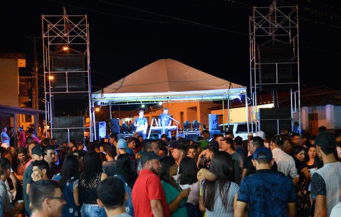 O 1º Apaixona Areião foi realizado com sucesso no distrito de Mirante; confira as fotos