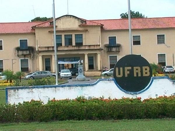 Inscrições: UFRB divulga concurso com 7 vagas para professor visitante nacional e estrangeiro