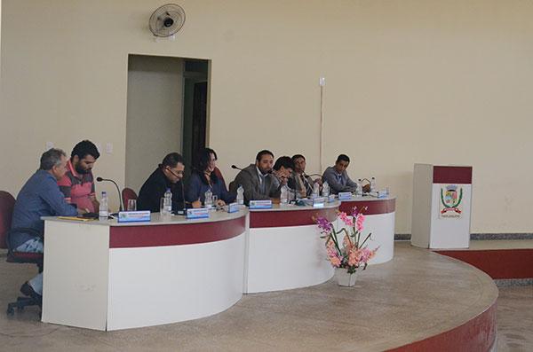 Câmara de vereadores de Rio do Antônio antecipa 13º salário dos Servidores