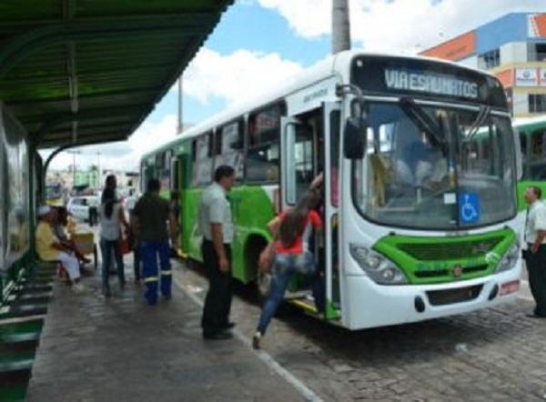 Vitória da Conquista: Prefeitura aumenta tarifa de ônibus de R$ 3,30 para R$ 3,80