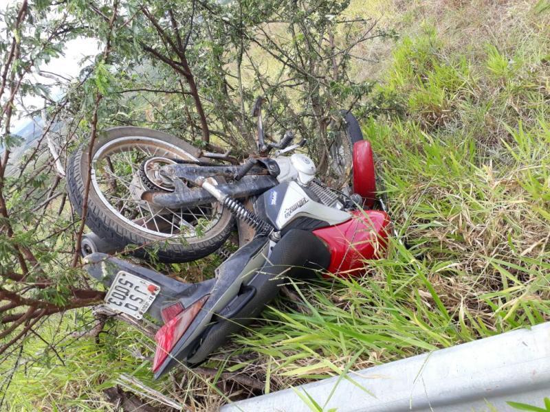 Após sofrer acidente de moto, bandidos saem ilesos e realizam assalto em Barra da Estiva