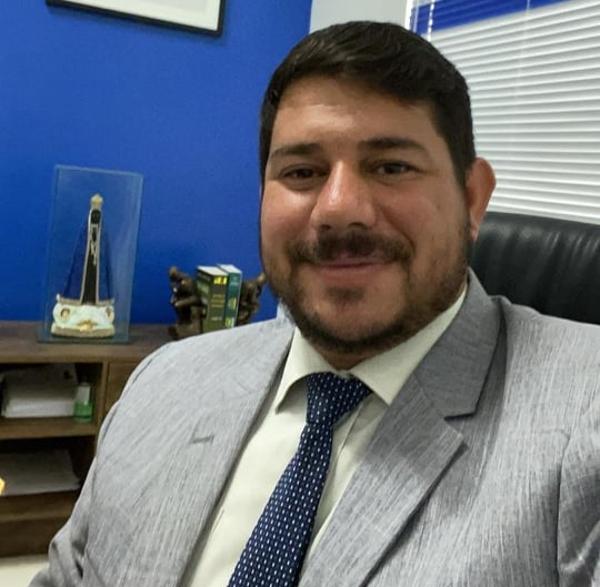 Após atuação de advogado brumadense, Justiça garante direitos de informação ao site Destaque Bahia