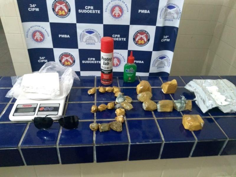 Polícia Militar apreende grande quantidade de droga no bairro São Jorge em Brumado