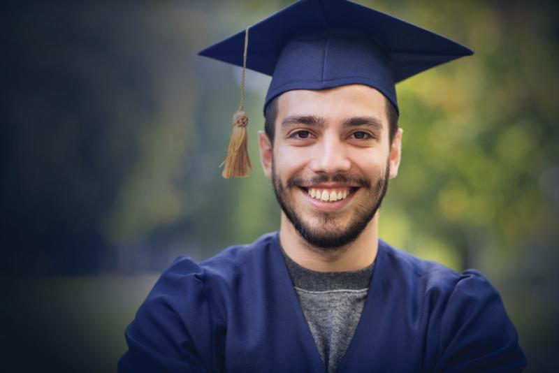 Unicesumar oferece bolsa de estudo social
