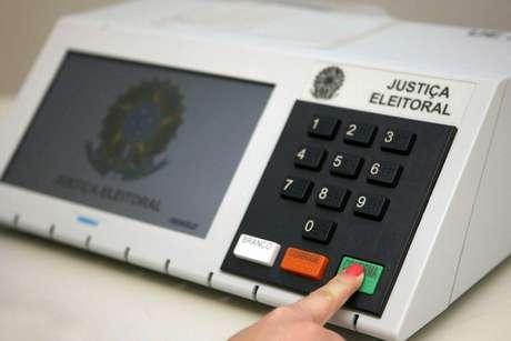 Eleições municipais são adiadas para novembro; primeiro turno passa de 4 de outubro para 15 de novembro