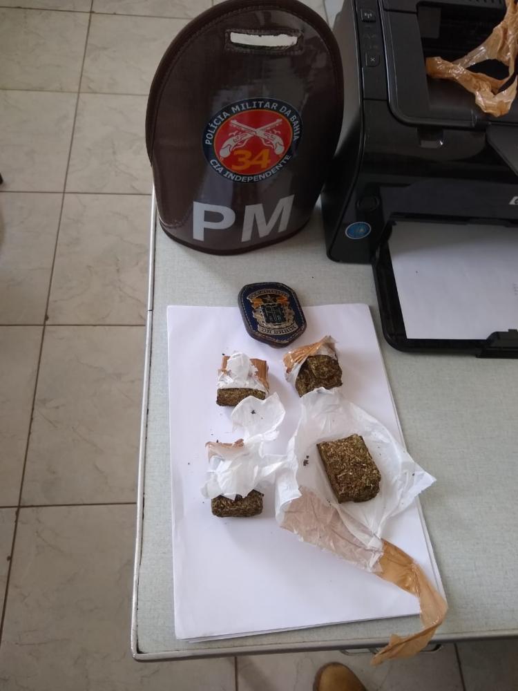 Polícia Militar de Jânio Quadros apreende drogas que seria distribuída na cidade