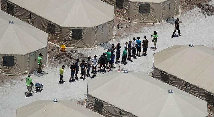 Três crianças brasileiras em abrigos nos EUA devem ser liberadas