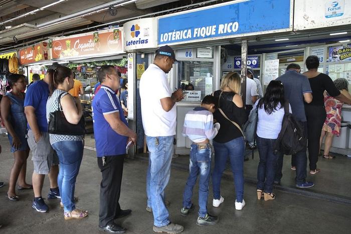 Mega da Virada tem prêmio estimado em R$ 300 milhões