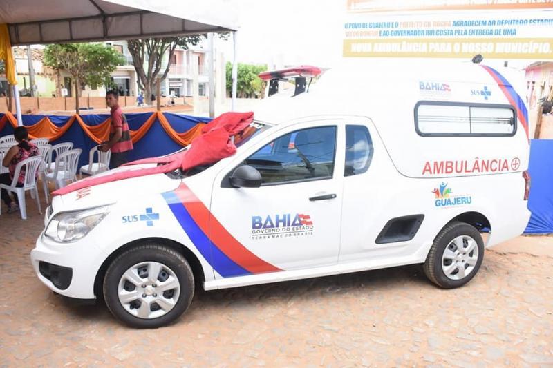 Prefeito de Guajeru entrega ambulância e participa de ato com o governador Rui Costa