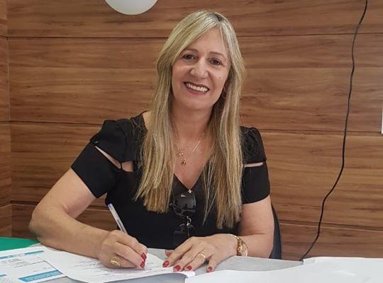 Malhada de Pedras: TRE-BA mantém mandatos da prefeita Terezinha Baleeiro e vice Adriano Reis