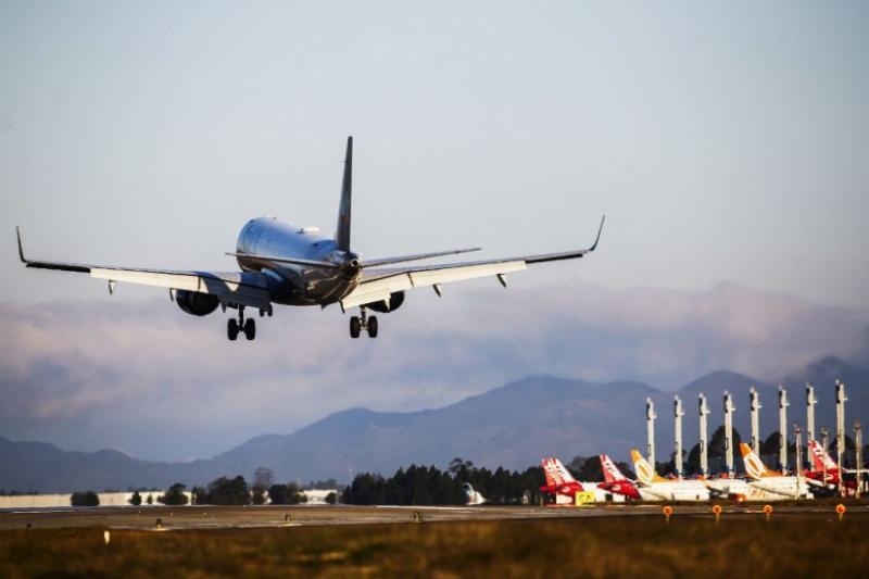 Acessibilidade: Empresas de aviação devem instalar sistema de elevação no aeroporto de Vitória da Conquista