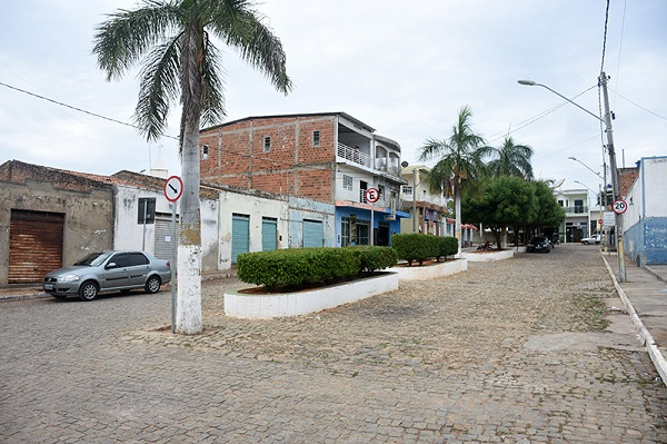 Governo de Guajeru inicia obras de revitalização da Praça da Feira e pavimentação asfáltica na próxima terça, 20